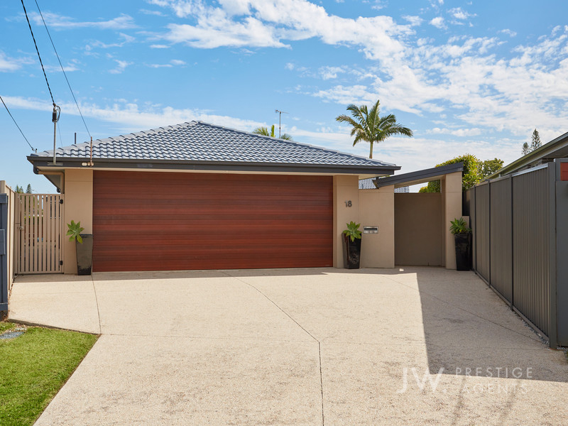 18 Verdichio Avenue, Mermaid Waters Qld 4218