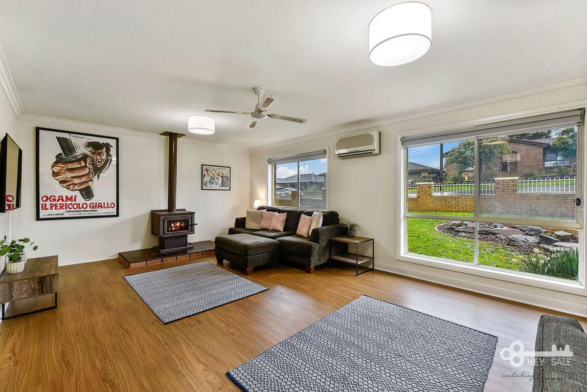 3 Room Flat 3 bedroom home plus 2 bedroom granny flat
